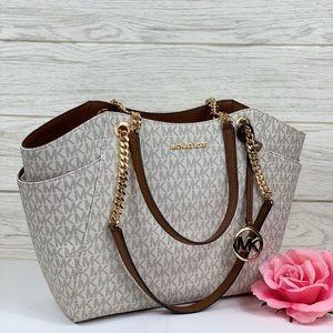 Michael Kors JST LG Chain Shoulder Bag Vanilla